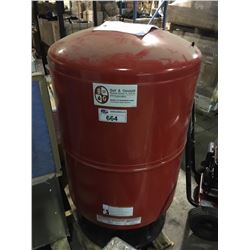 BELL & GOSSETT DIAPHRAGM EXPANSION TANK