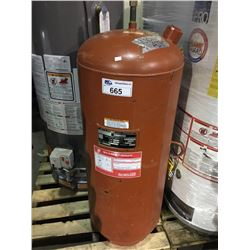 BELL & GOSSETT PRESSURIZED EXPANSION TANK