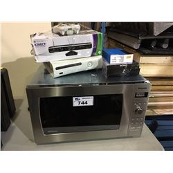 PANASONIC MICROWAVE, XBOX 360, WALKMAN & TABLET