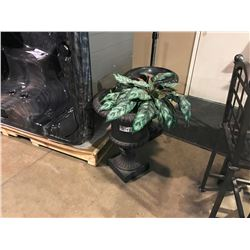 BLACK OUTDOOR FLOWER POTS WITH FAKE PLANT