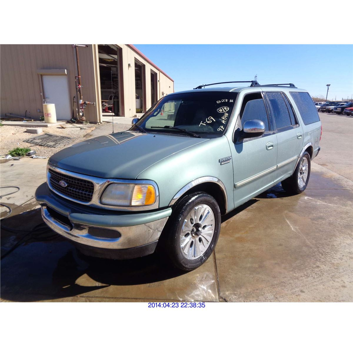 Ford Expediton: FORD EXPEDITION // SALVAGE TITLE