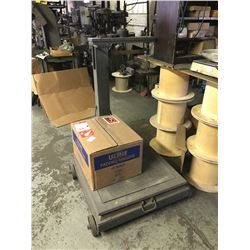 FAIRBANKS 1500 Lb Capacity Portable Floor Scale