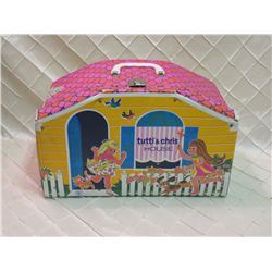 Tutti & Chris House with Barbie Accessories