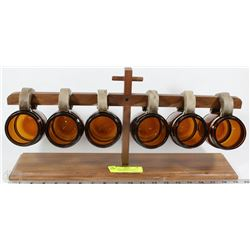 6 VINTAGE AMBER GLASS BEER MUGS WITH WOODEN RACK