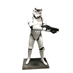 Star Wars: Episode IV A New Hope Storm Trooper LE Replica