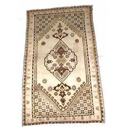 Persian Medallion Wool Rug