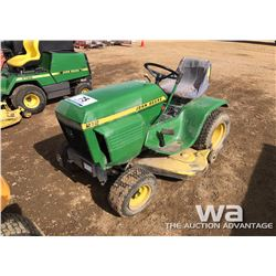 JOHN DEERE 212 RIDING MOWER