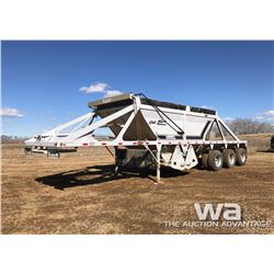 2007 CASTLETON TRIDEM GRAVEL TRAILER