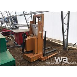 ROL-LIFT PALLET STACKER