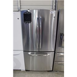 GE STAINLESS STEEL FRENCH DOOR FRIDGE WITH ICE/WATER MAKER