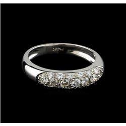 0.55 ctw Diamond Ring - Platinum