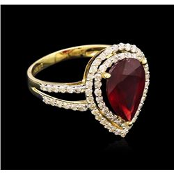 4.20 ctw Ruby and Diamond Ring - 14KT Yellow Gold