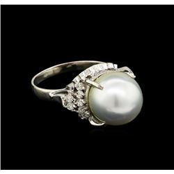 0.31 ctw Pearl and Diamond Ring - Platinum