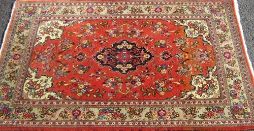 Image 2 Fine Quality Baby Lamb S Wool Pile Persian Qum Rug