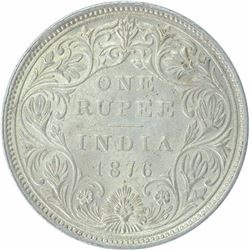 Silver One Rupee Coin of Victoria Queen of Bombay Mint of 1876.