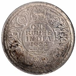 Silver One Rupee Coin of King George V of Bombay Mint of 1922.