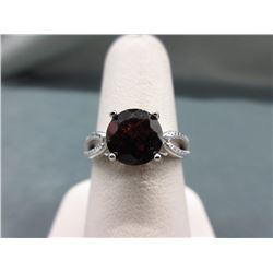 2.5 CT Garnet & Diamond Solitaire Ring