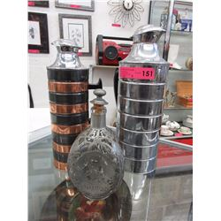 2 Vintage insulated decanters & Oriental decanter