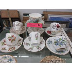 7 Vintage teacup & saucers sets