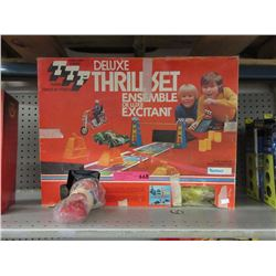 "Vintage Kenner ""Thrill Set"""