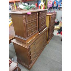 4 Piece wood dresser set