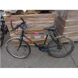 "21 Speed ""Canyon Runner"" mountain bike"