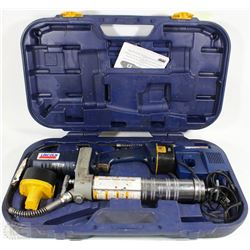 LINCOLN ELECTRIC GREASE GUN WITH 2 BATTERIES,