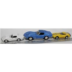 LOT OF 3 CORVETTE DIE CAST COLLECTIBLE CARS INCL