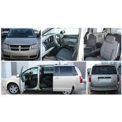 FEATURE LOT 475 2010 DODGE CARAVAN