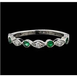 14KT White Gold 0.20ctw Emerald and Diamond Ring