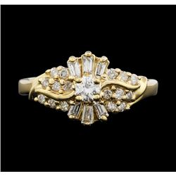 10KT Yellow Gold 0.65ctw Diamond Ring