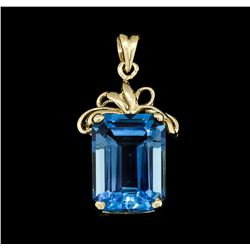 14KT Yellow Gold 15.00ct Blue Topaz Pendant