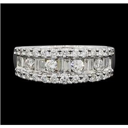 18KT White Gold 1.04ctw Diamond Ring