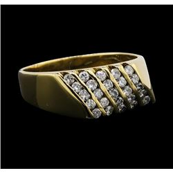 14KT Yellow Gold 0.90ctw Diamond Ring