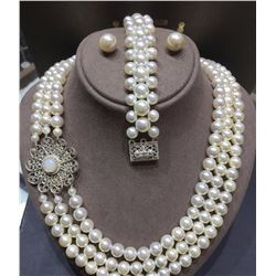 Beautiful Handmade Ohrid Pearl Necklace with Matching Earrings and Bracelet