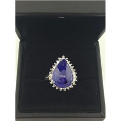 Ladies Tanzanite & Diamond Ring
