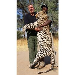 14-Day Leopard Hunt and 2-Day Tour for One Hunter and One Non-hunter in Namibia - Includes Trophy Fe