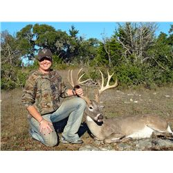 3-Day Whitetail Deer Hunt for Two Hunters and Two Non-Hunters in Texas - Includes Trophy Fees, Wine