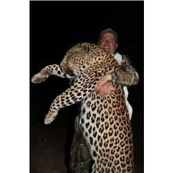 12-day Namibia Leopard and Plains Game Hunt Hunt for One Hunter and One Observer