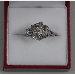 Ladies 14kt Gold Estate fancy Diamond Ring. 8 Diamond = .16ct Vintage Ring. Approx 40 Years old. SRR