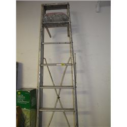 8FT METAL STEP LADDER