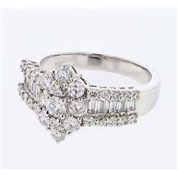 Baguette & Round Diamond Ring in 18K White Gold - REF-208K6R