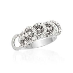 14K White Gold 0.84CTW Diamond Ring - REF-109W2H