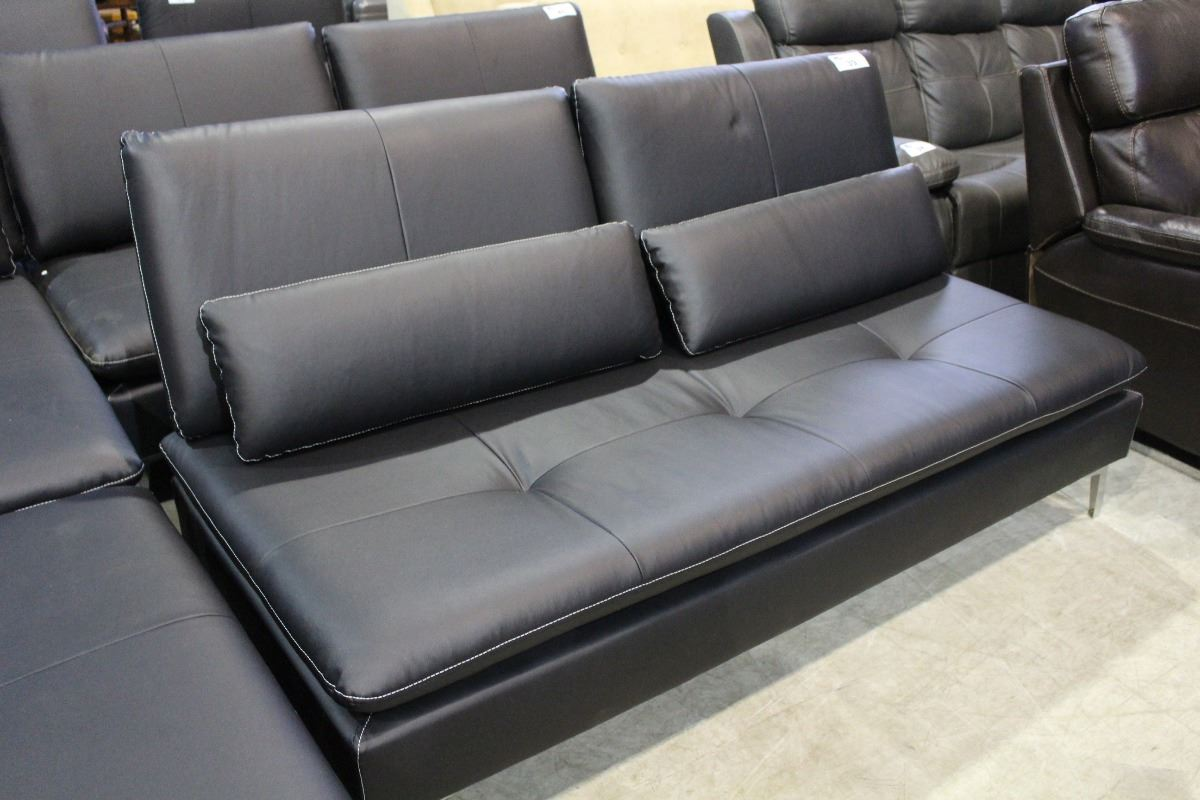 Leather convertable sofa bed with throw cushions able auctions Leather sofa throws