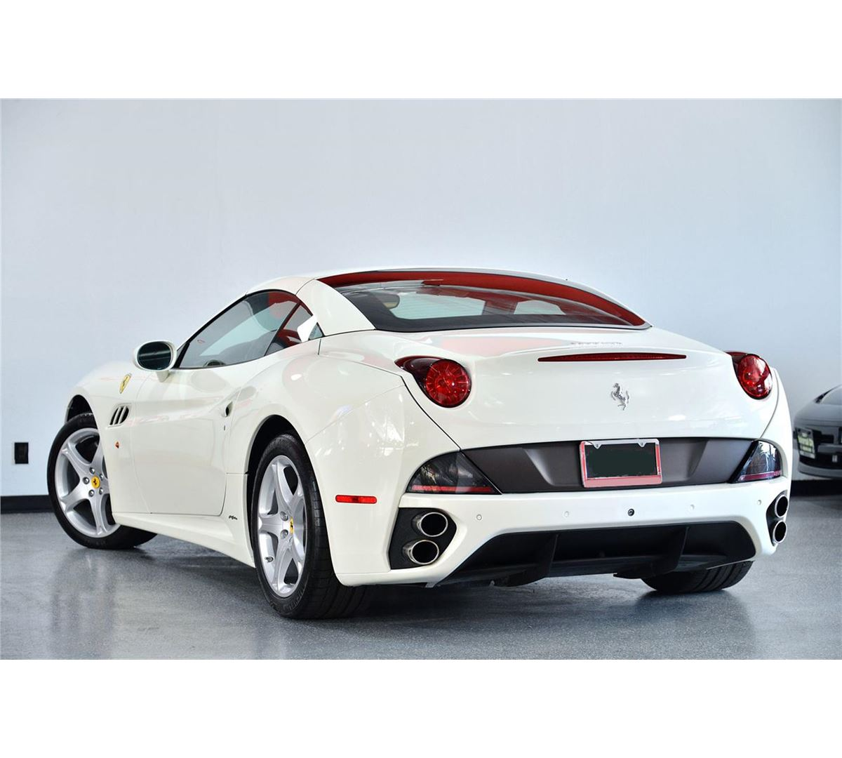 Ferrari Convertible: 2011 White Ferrari California Base Convertible