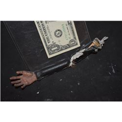 DIE HARD WITH A VENGEANCE MINIATURE BRUCE WILLIS PUPPET ARM