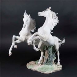 "Lladro ""Free As The Wind"" Figure"