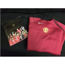 MANCHESTER UNITED WARM UP SOCCER JERSEY W/ ILLUSTRATED BOOK