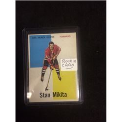 1960-61 STAN MIKITA TOPPS ROOKIE HOCKEY TRADING CARD