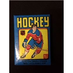 1979 TOPPS UNOPENED WAX  PACK OF HOCKEY CARDS